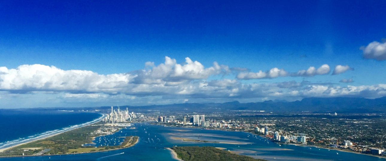 Newcastle to Airlie Beach Helicopter Safari, Gold coast Skyline