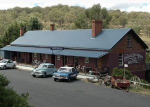 Compass Helicopters visit Walcha road Hotel on Iconic NSW Hotels Tour